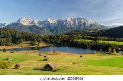 Lake Geroldsee, an alpine lake between Garmisch-Partenkirchen and Mittenwald with Karwendel mountains in the background, Gerold, Bavaria, Germany