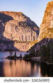 Lake Hetch Hetchy in Yosemite
