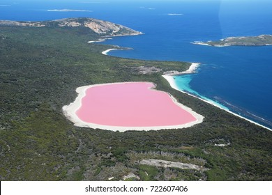 Lake Hillier, Western Australia: Amazing pink lake, natural landmark of Australia, in Middle Island, Recherche Archipelago Nature Reserve, near Esperance.