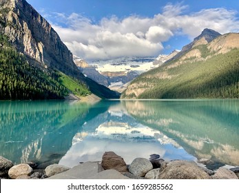 Lake Louise in bannf, canada