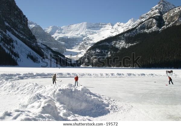 Lake Louise - Winter Wonderland