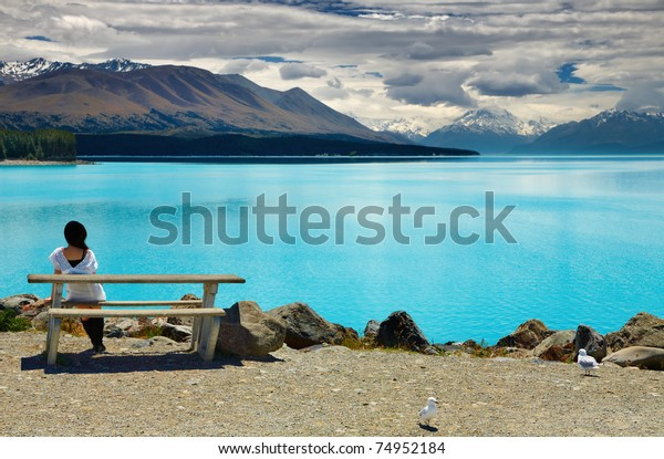 Lake Pukaki and Mount Cook, Southern Alps, New Zealand
