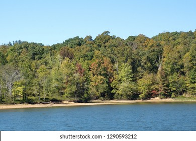 Lake shore with early autumn foliage in Land Between the Lakes State Park in Paducah, Kentucky, USA