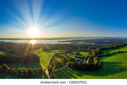 Lake Starnberg in front of Alps, seen from Ilkahöhe, Tutzing, Fünfseenland, Upper Bavaria, Bavaria, Germany, Europe