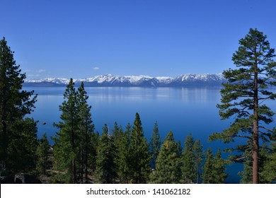 Lake Tahoe National park jointly in the states of California and Nevada, the time is early spring in May 2013. It is a freshwater lake in the Sierra Nevada. It has a surface elevation of 6,225 ft.
