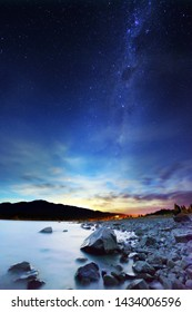 Lake Tekapo night star sky