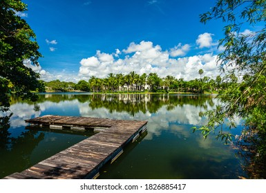 Lakefront community with luxury estate homes in Miami.