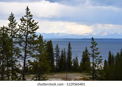 Lakeview beautiful view Yellowstone National Park