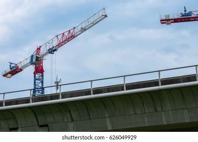 Lakeville construction beside Lakeside MRT