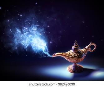 stock vectores Lampe Imágenesfotos de y Aladin sobre n0OyvmN8w