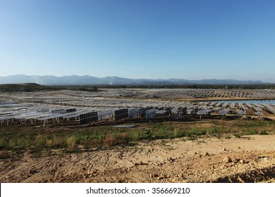 LAMPANG - THAILAND - December 1 : Landscape of under-construction solar farm at Hangchat solar farm on Dec 1, 2014 in Lampang province, Thailand