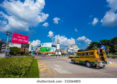 LAMPANG,THAILAND - October 28 , 2016 : Scene Five separate clock tower The center in Lampang All vehicles are running all the time. on october28,2016 in Lampang,Thailand.
