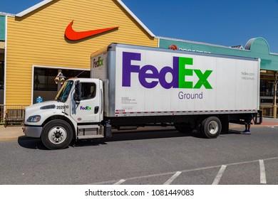 fedex ground truck