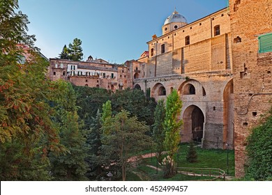 Lanciano, Abruzzo, Italy: the Roman bridge of Diocletian (italian: Ponte di Diocleziano) with the ancient cathedral above in the old town