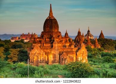 Land of Thousand Pagodas... Old Bagan, Myanmar