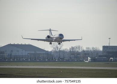 Landing Plane in an aeroport