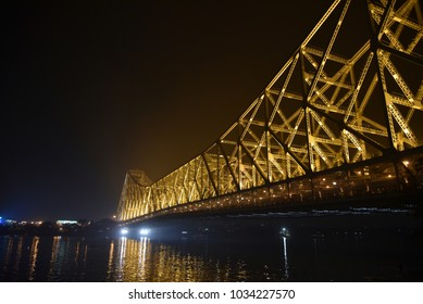 A landmark for the city of Kolkata, the Howrah Bridge still going strong, even after so many years. Herigate of British India.