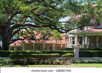 landmark estate in historic area of new orleans