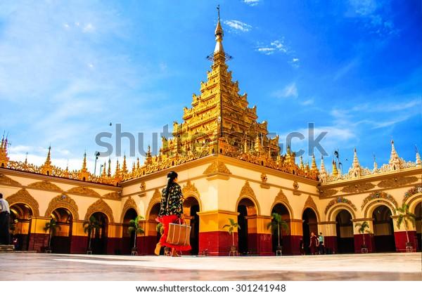Wahrzeichen Mahamuni-Tempel in Mandalay von Myanmar