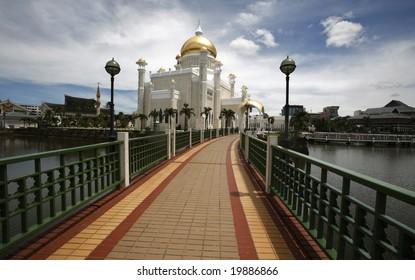 Brunei's landmark, national mosque Sultan Omar Ali Saifuddin Mosque.