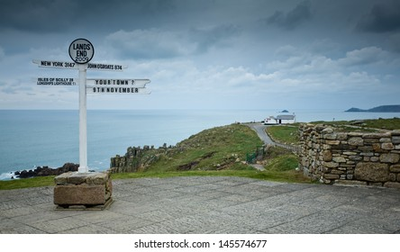 Lands End sign in Cornwall, United Kingdom