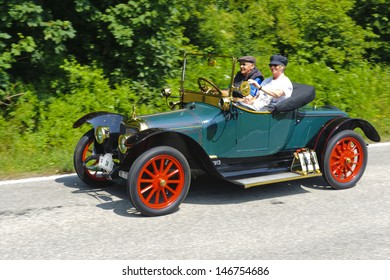 LANDSBERG, GERMANY - JULY 13: Oldtimer rallye for at least 80 years old antique cars with Panhard & Levassor X19, built at year 1913, photo taken on July 13, 2013 in Landsberg, Germany
