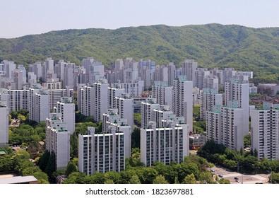The Landscape of Apartment Complexes - Korea