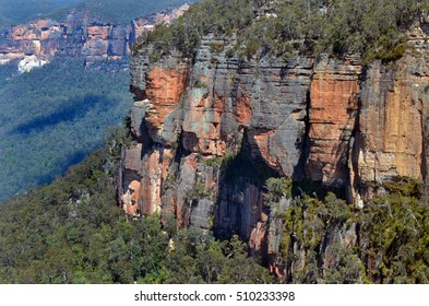 Landscape of cliffs in  the Grose Valley at Blue Mountains of New South Wales, Australia.