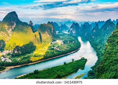 Landscape of Guilin. Li River and Karst mountains. Located near Xingping, Yangshuo, Guilin, Guangxi, China.
