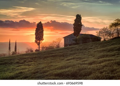 Landscape at sunset in Val d'Orcia, Tuscany - 4/10/2016