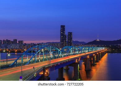 Landscape Twilight in Dongjak bridge over the Han River in Seoul, South Korea
