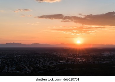 Landscape view of Alamogordo, New Mexico during sunset.