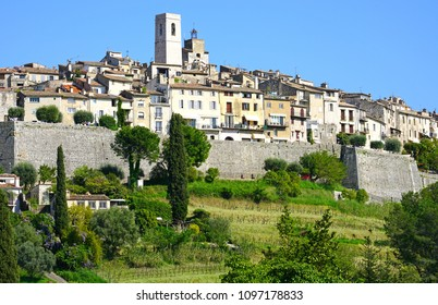 Landscape view of the historic village of Saint Paul de Vence in France