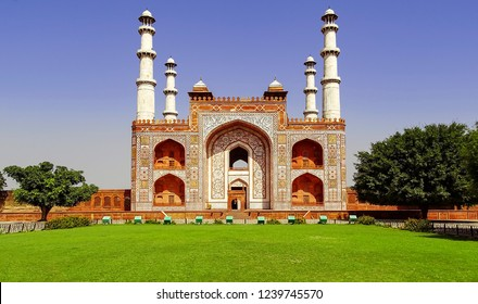 Landscape view of the large gate leading the entrance to the tomb of great Mughal Emperor Akbar, at Sikandra, Agra in Uttar Pradesh, India