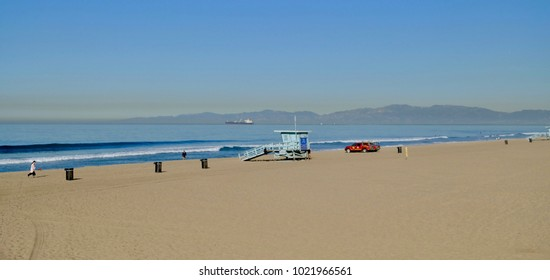 landscape view of Manhattan Beach, CA