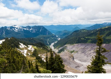 Landscape view of the mountains as seen from the side of Mount Rainier in Washington (state).