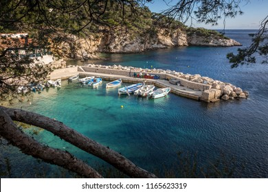 Landscape view on calanques of Sormiou and his beautifuf little harbor in Marseille, Provence, South of France.