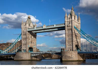 A landscape view of Tower Bridge in London