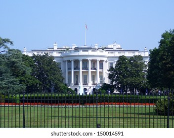 Landscape view of the White House in Washington DC