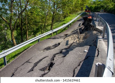 landslides on mountain roads climate changes