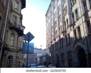 lane, multi-story houses