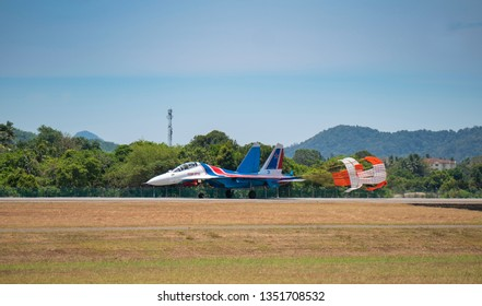LANGKAWI, MALAYSIA : MARCH 27, 2019 : Russian Sukhoi Su-30SM fighter plane lands after airshow at the LIMA exhibition, Langkawi, Malaysia