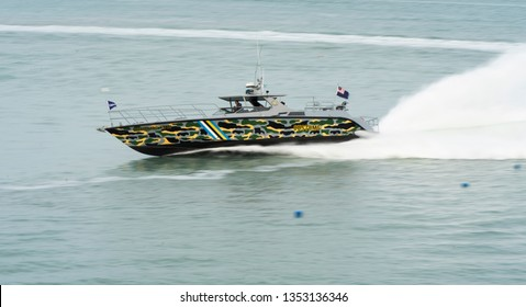 LANGKAWI, MALAYSIA : MARCH 28, 2019 : Malaysian Customs fast boat performs a fast turn at the LIMA exhibition, Langkawi, Malaysia