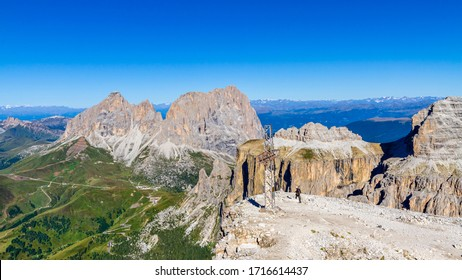 The Langkofel Group-Gruppo del Sassolungo seen from the Sass Pordoi, Dolomites, Italy