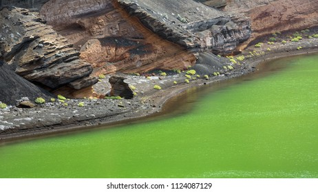LANZAROTE, CANARY ISLANDS, SPAIN, EUROPE: detial of El golfo or the green lake.