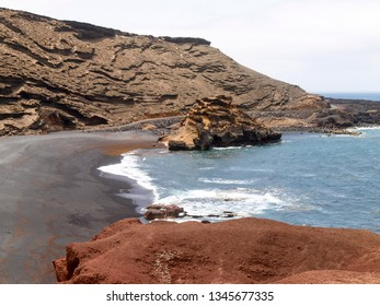 Lanzarote, Spain: El Golfo beach, on the southwest coast of Lanzarote.