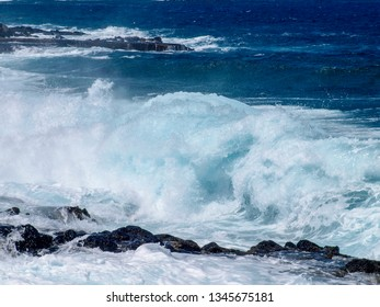 Lanzarote, Spain: Ocean waves on the east coast in the La Charca area