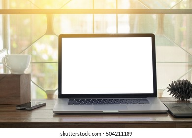 Lap top blank screen on desk