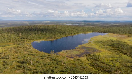 In lapland you can breathe the cleanest air in the world and admire the wonderful scenery all year round like this small lake on Puljutunturi fell in Finland