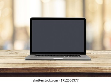 Laptop computer displaying the blank screen